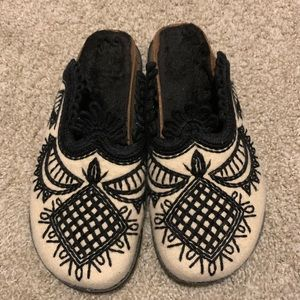 Urban outfitters slippers, embroidered slippers